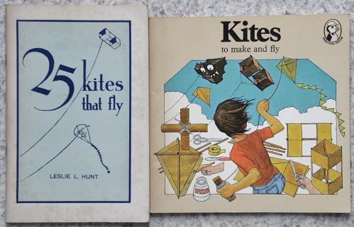 "Image for Kites to Make and Fly (Puffin Book). {together with a copy of Leslie Hunt's ""25 kites That Fly""}"