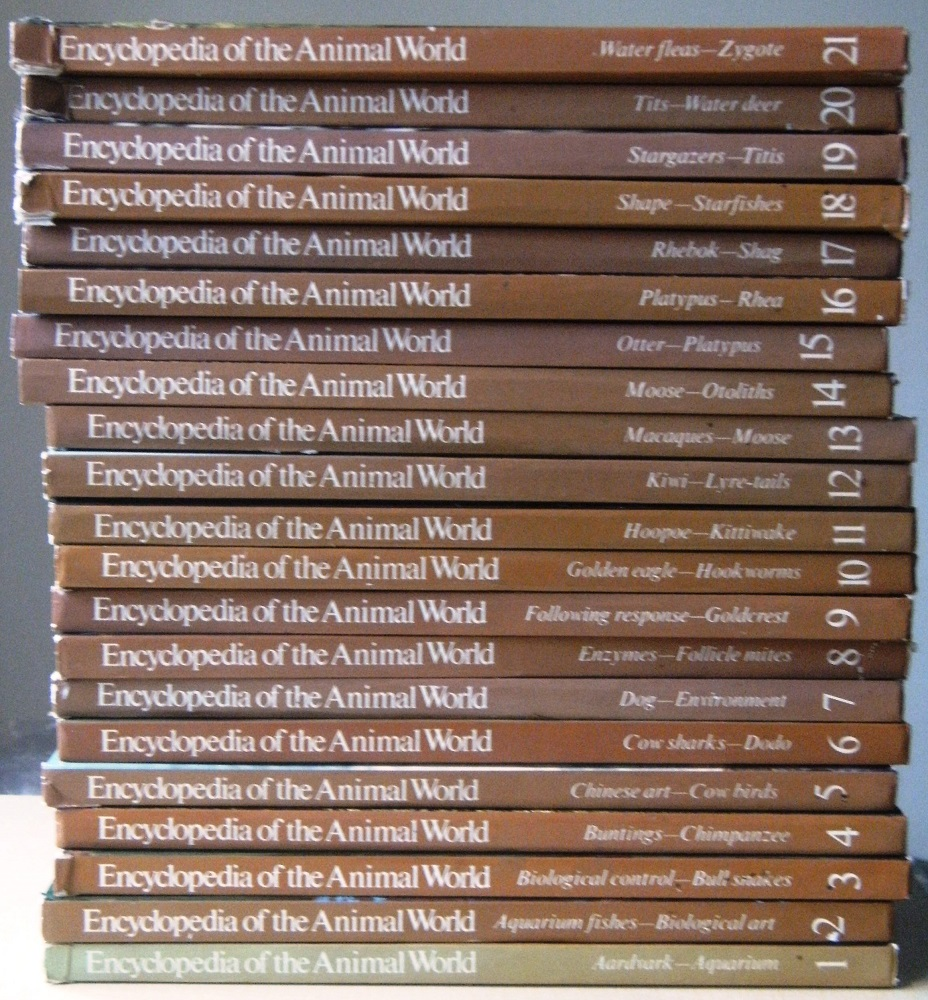 Image for ENCYCLOPEDIA OF THE ANIMAL WORLD - a rare complete set of 21 parts